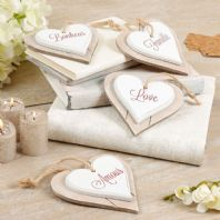 Charming French Shabby Chic Wooden Hanging Hearts - Set Of Four